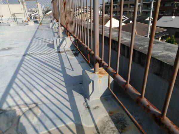 長岡京市 Sマンション 屋上鉄部手摺り架台撤去工事