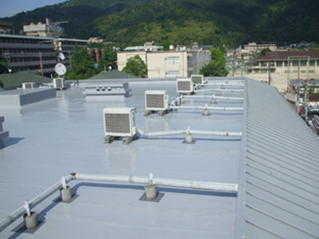 京都市 分譲マンション屋上ウレタン防水工事のサムネイル