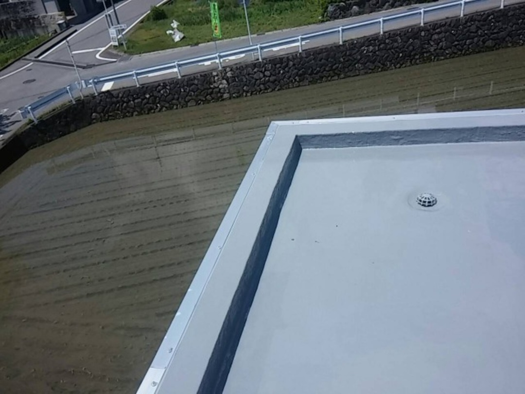 大津市M邸 屋上バルコニー防水改修工事のサムネイル