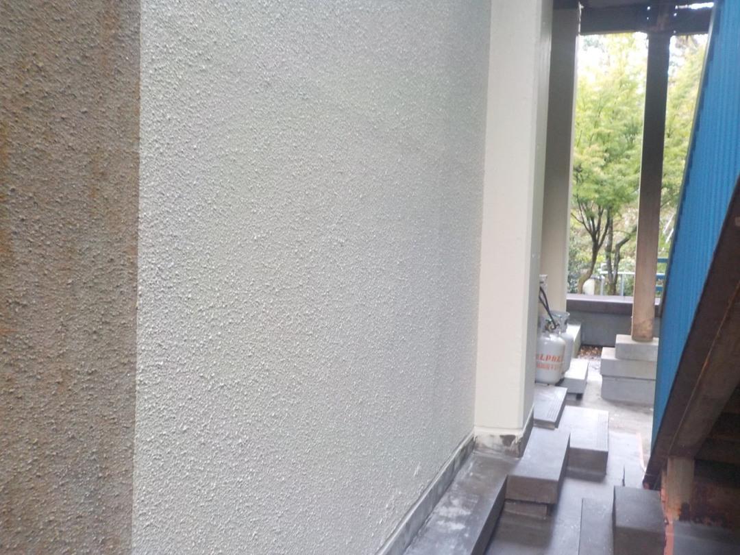 京都市立K小学校 職員室上屋部、体育館更衣室上屋防水修繕工事のサムネイル