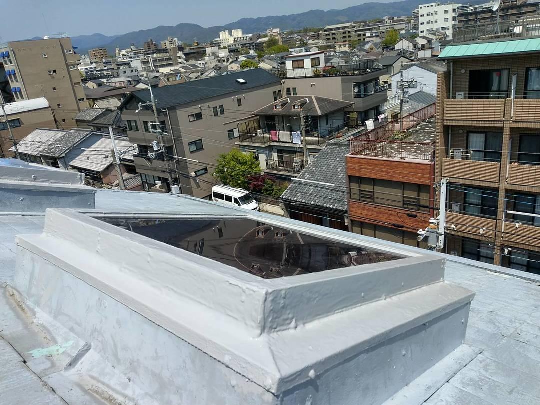 京都市中京区 Mビル 屋上トップライト工事のサムネイル