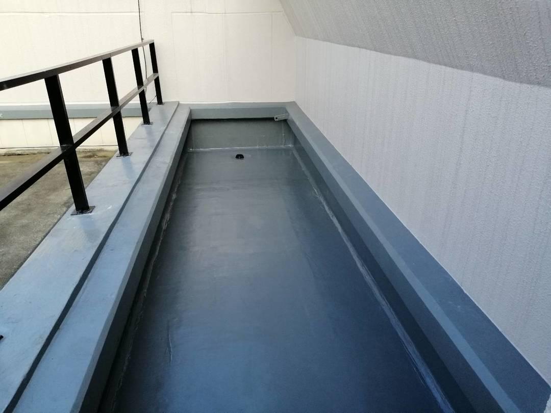 京都市中京区 I学園 屋上防水工事のサムネイル
