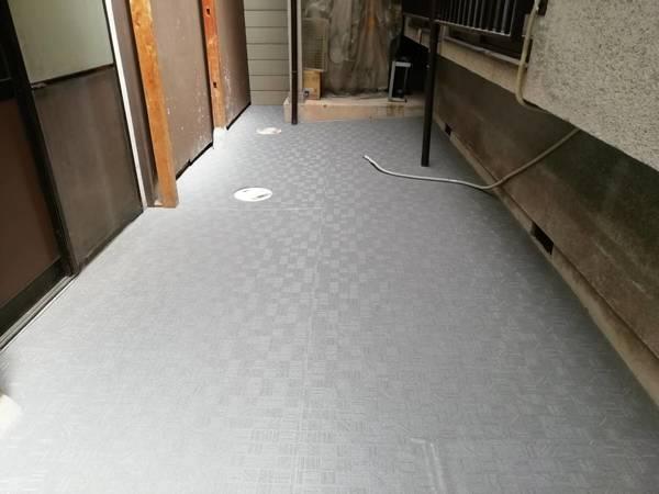 京都市左京区 和菓子屋O様 床面滑り止め長尺シート貼り工事